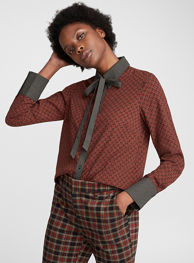 accent-ribbon-collared-shirt