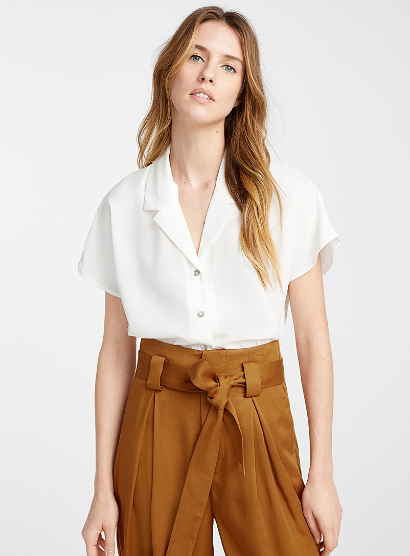 recycled-polyester-notch-collar-blouse