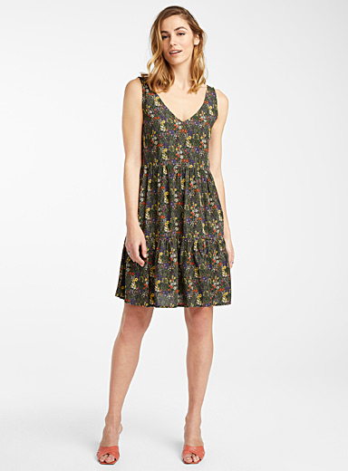 Eco-friendly viscose graphic tropics dress