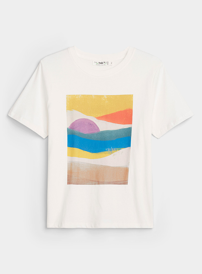 Twik White Colourful print tee for women