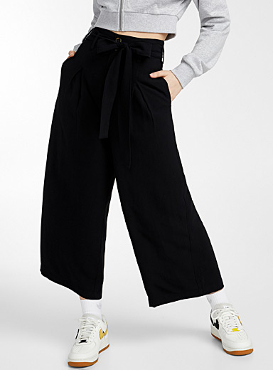 Belted wide straight-leg pant