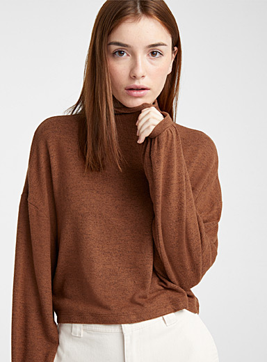 Bubble-sleeve mock neck tee