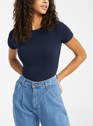 Cropped organic cotton fitted tee