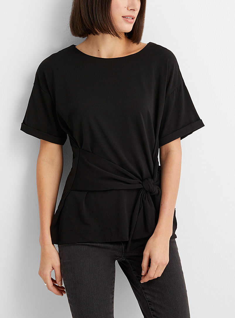 Contemporaine Black Knotted-waist tee for women