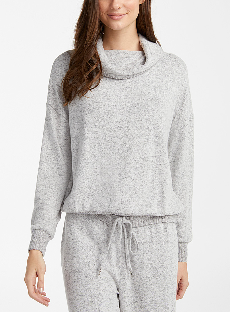 Ultra soft heather grey turtleneck sweater