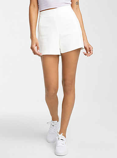 Stretch cotton short
