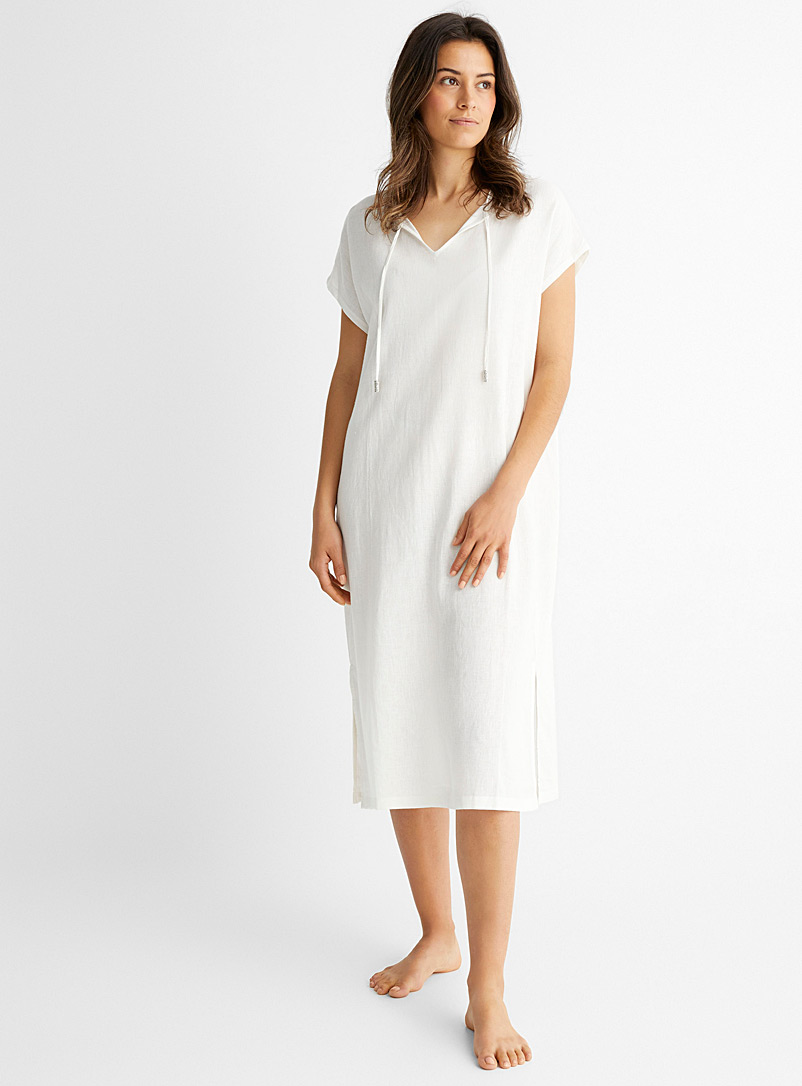 Miiyu Ivory White Linen-touch airy nightgown for women