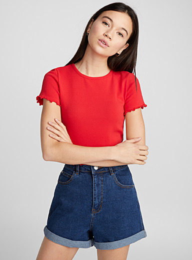 Accent ruffle tee