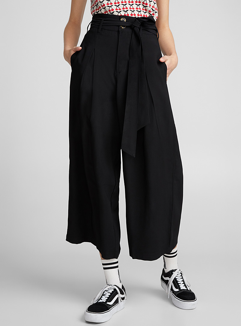 Belted pleated loose pant - Wide leg - Black