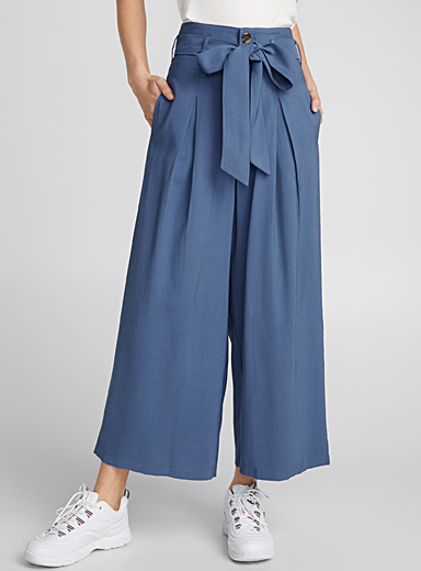 Belted pleated loose pant