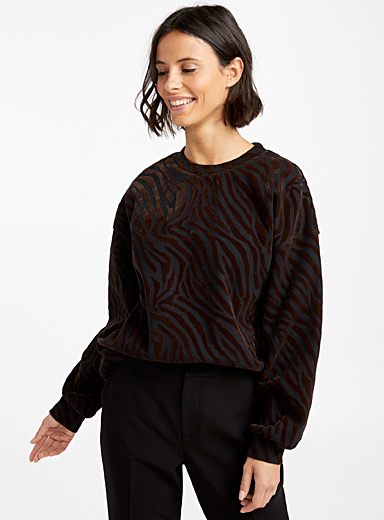 Velvet animal pattern sweatshirt