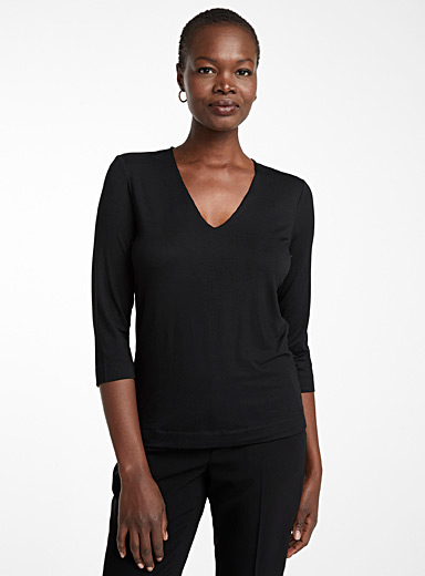 Contemporaine Black 3/4-sleeve V-neck tee for women