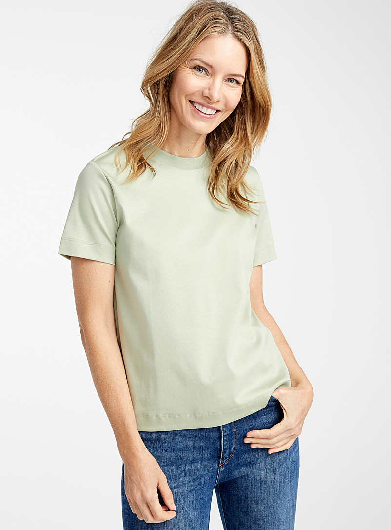 Contemporaine Lime Green Cropped mercerized organic cotton tee for women