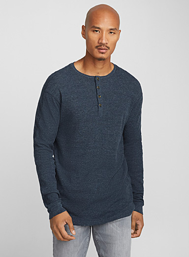 Buttoned waffle Henley