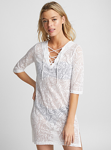 Laced V-neck burnout beach tunic