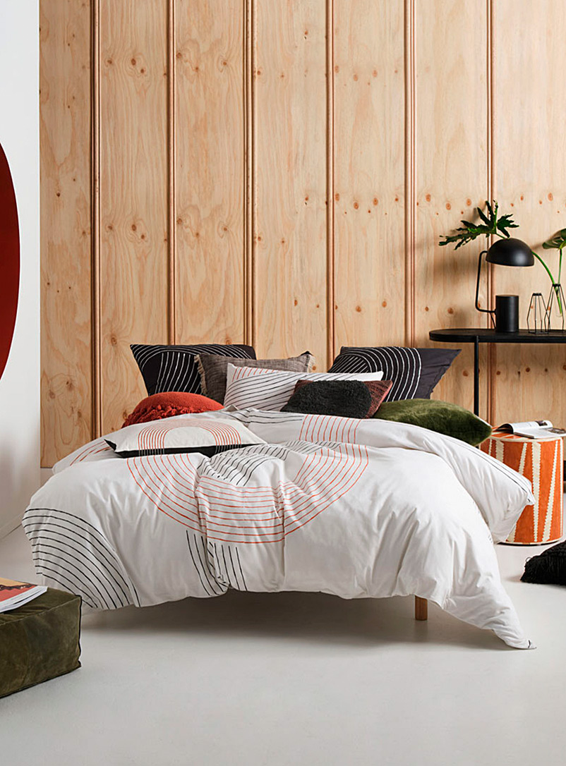 Linen House White Lex retro-vibe duvet cover set
