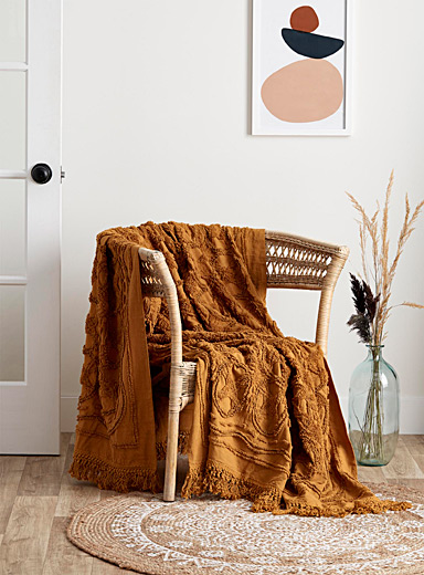 Linen House Dark Yellow Nostalgic pattern throw  150 x 200 cm