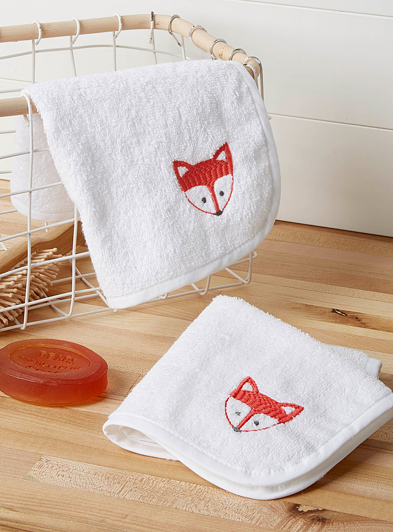 Hiccups White Ginger fox facecloths  Set of 2