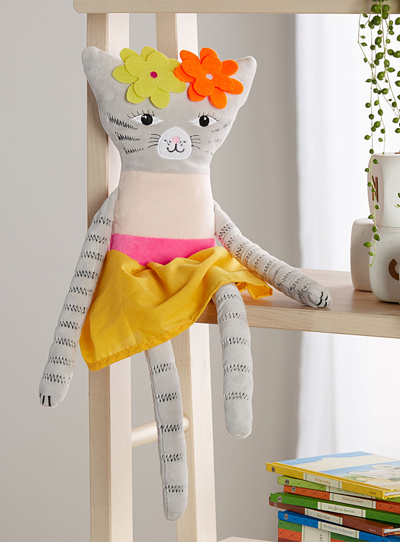 le-coussin-peluche-chat-fashionista