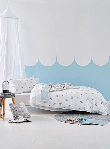 Hiccups White Whale of a Time duvet cover set