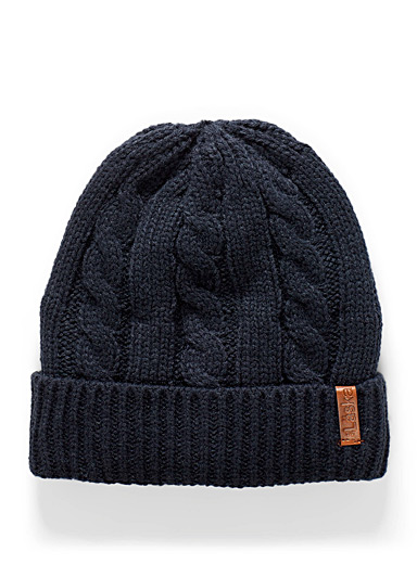 Le 31 Patterned Blue Cable and rib tuque for men