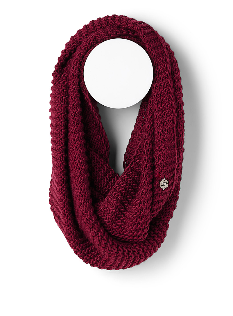 Rib-knit infinity scarf - Snoods - Ruby Red