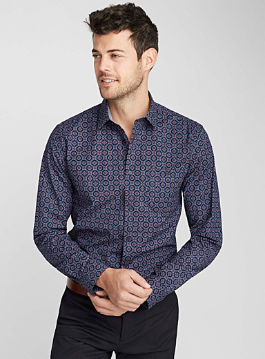 Repeat medallion shirt  Modern fit