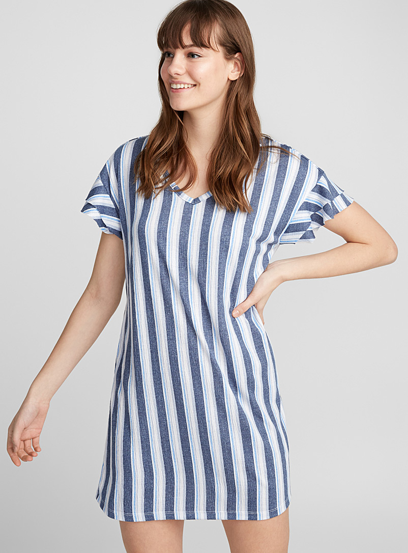 horizon-stripe-sleep-tee