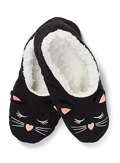 Sleeping kitten slippers