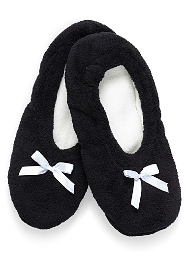 Little bow ballerina slippers