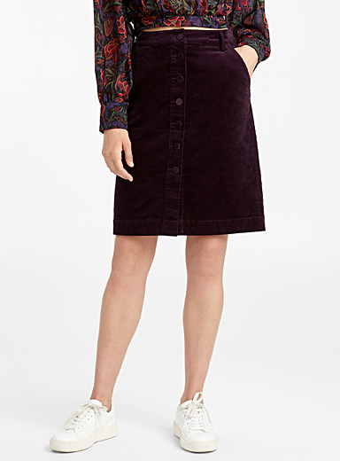 Corduroy buttoned skirt
