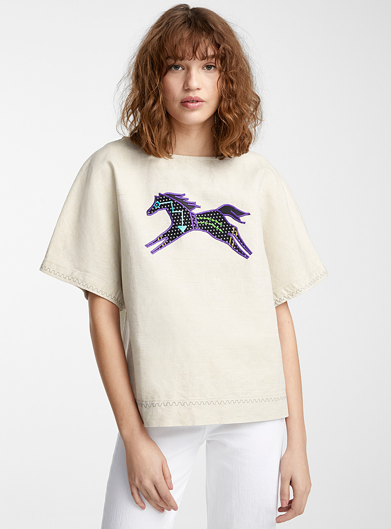 IFWTO + Edito par Simons Ecru/Linen Horse appliqué boxy blouse  Injunuity Design Studio for women