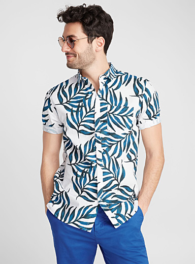 Exotic shirt <br>Semi-tailored fit
