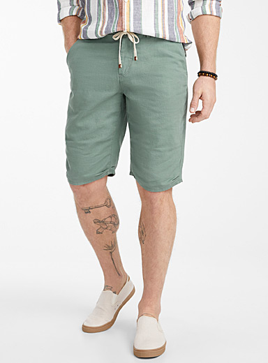 Le 31 Green Adjustable waist organic cotton and linen Bermudas for men