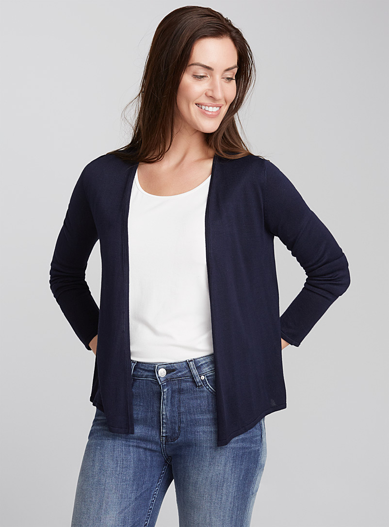 sleek-light-cardigan