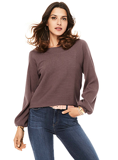 Balloon-sleeve ribbed sweater