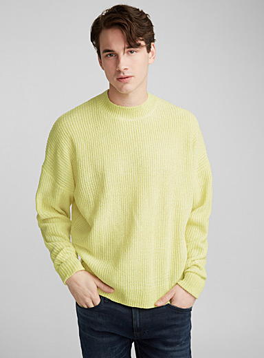 Chenille knit boxy sweater