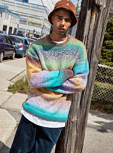 Le pull tricot space-dye