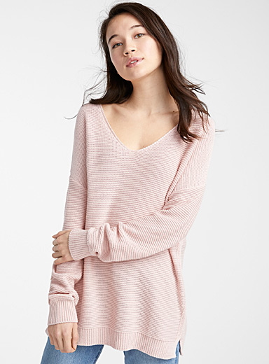 Small knit V-neck sweater