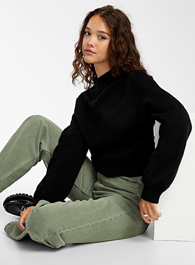 Puff sleeve cropped mock neck