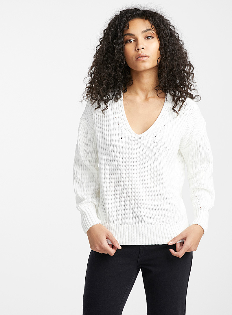 drop-shoulder-v-neck-organic-cotton-sweater