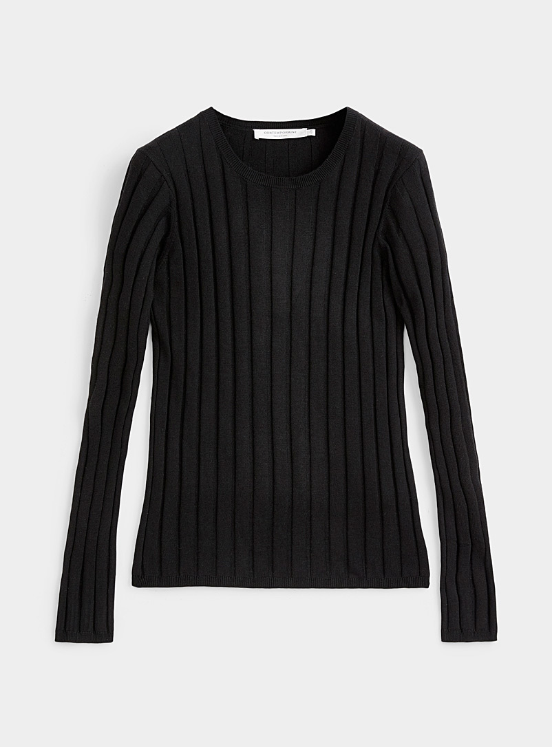 Wide-rib crew-neck sweater
