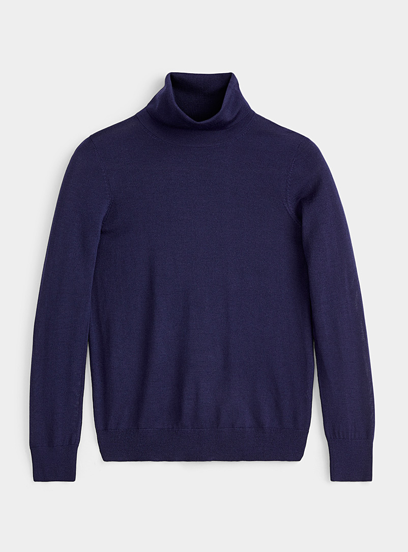 Responsible merino turtleneck
