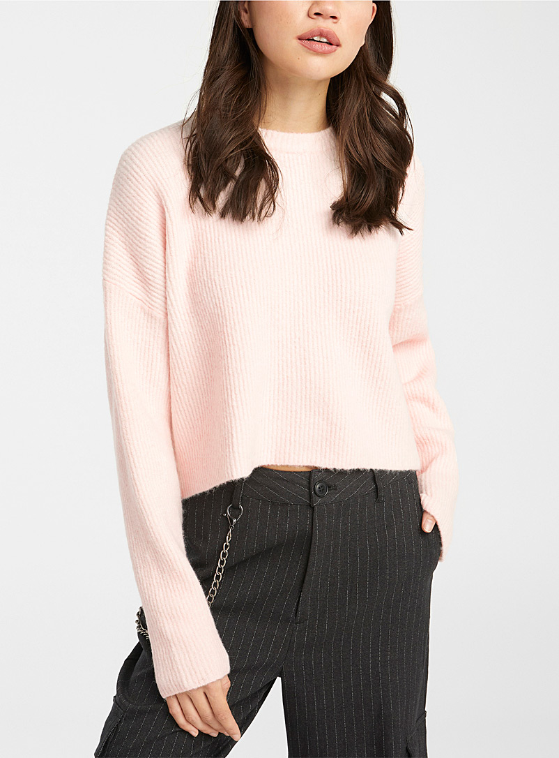 Two-tone ribbed cropped sweater