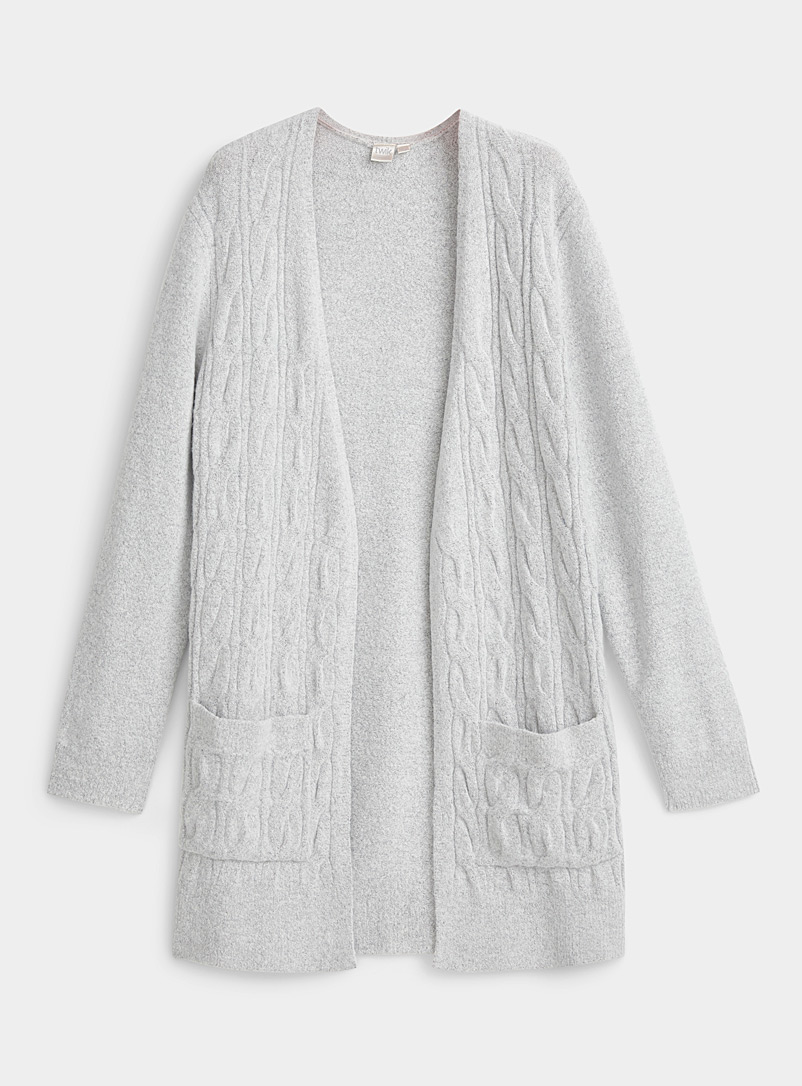 Long vertical cable cardigan
