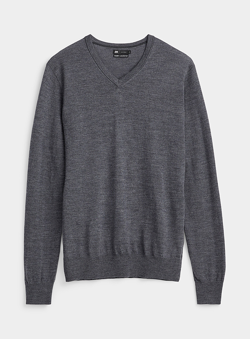 Le 31 Oxford Responsible merino V-neck sweater for men