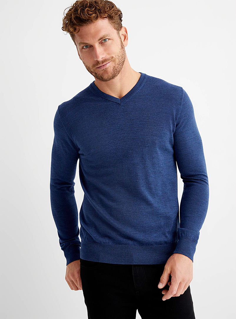 Responsible merino V-neck sweater