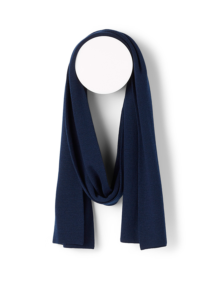 Le 31 Marine Blue Responsible merino wool scarf for men