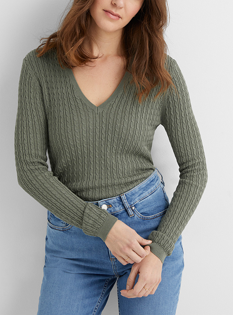 Contemporaine Bottle Green Fine twisted V-neck sweater for women