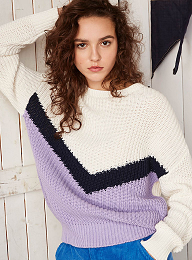 Ship's hull sweater